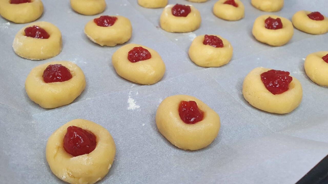 עוגיות ריבה של סבתא דרורה