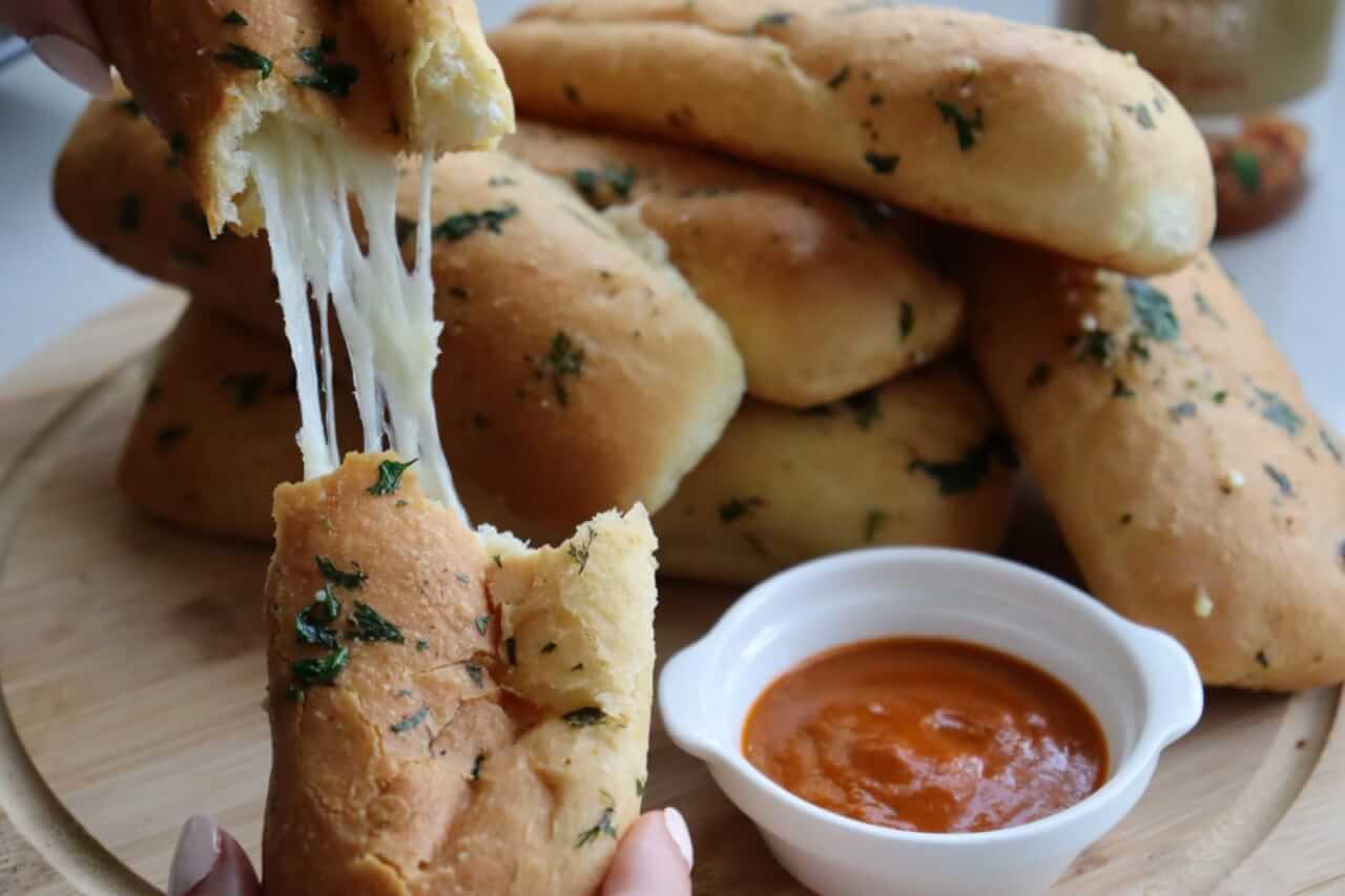 mozarella_cheese_bread_1